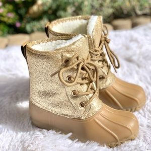 NEW**GIRLS GOLD LACE UP DUCK BOOTS
